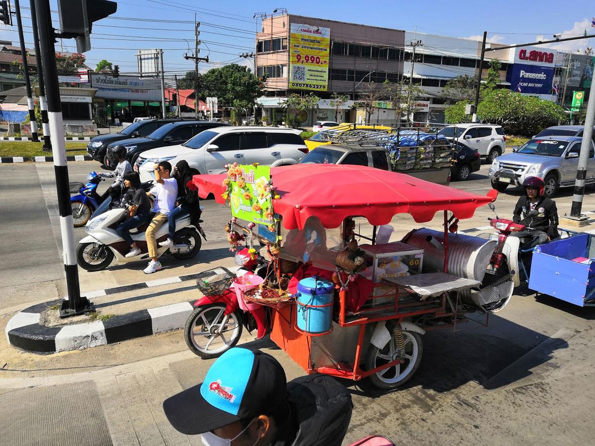 Traffico a Chiang Rai, Thailandia
