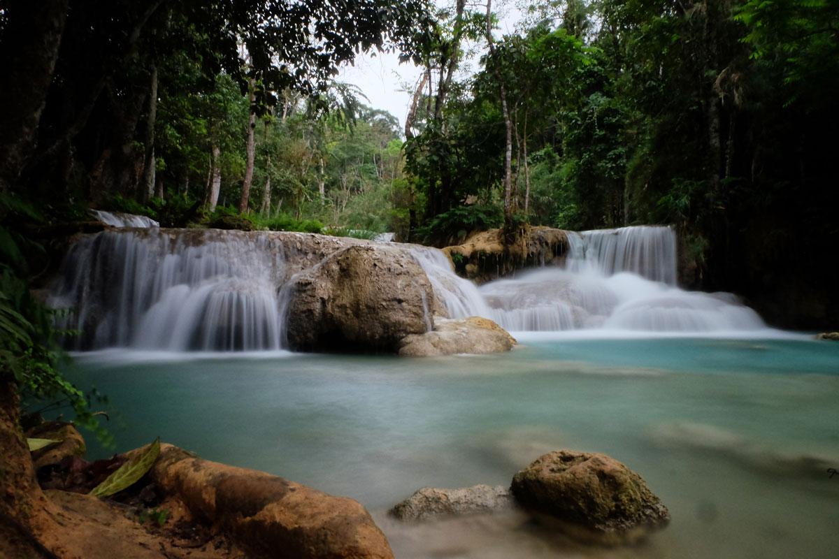 Cascata di Kuang Si in Laos