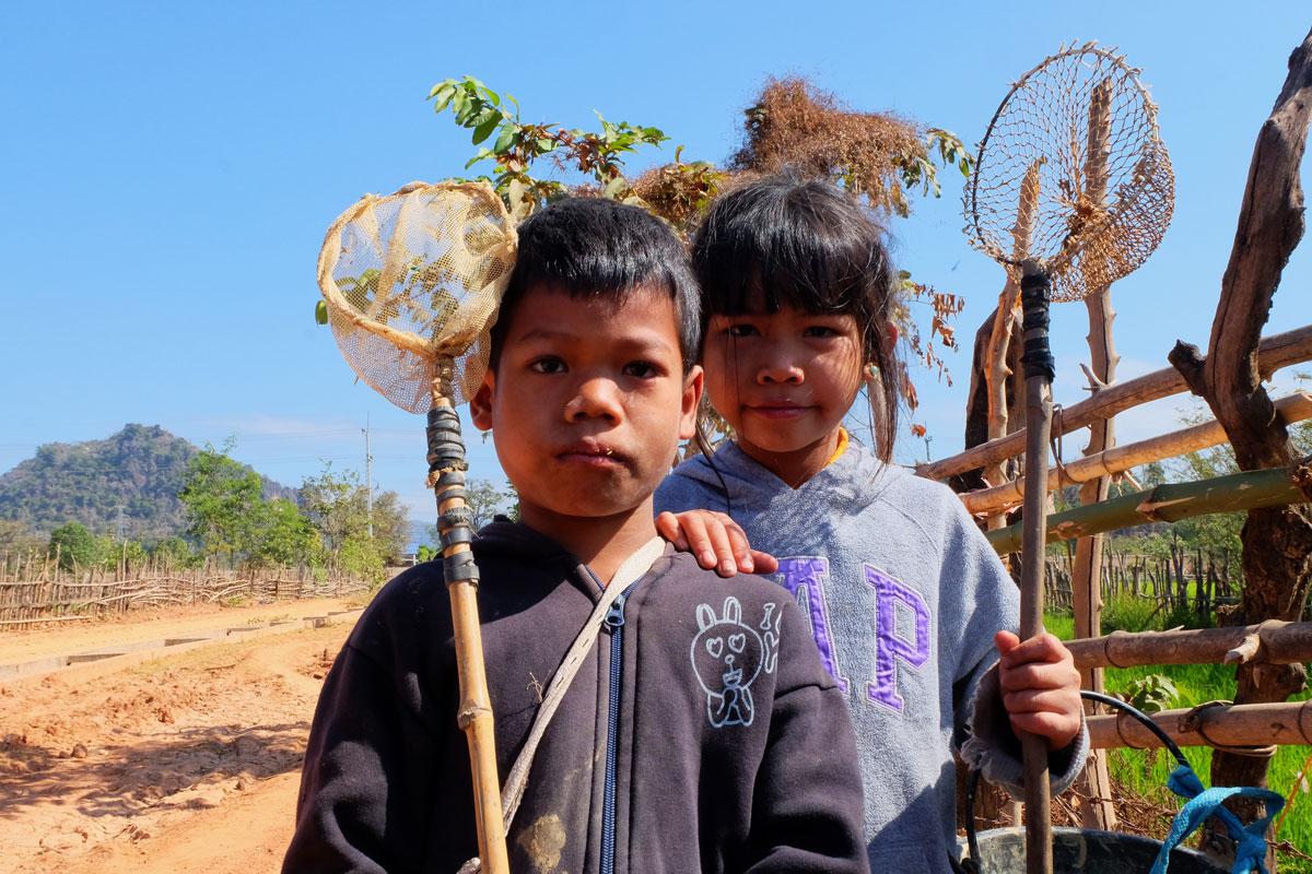 Bambini in Laos