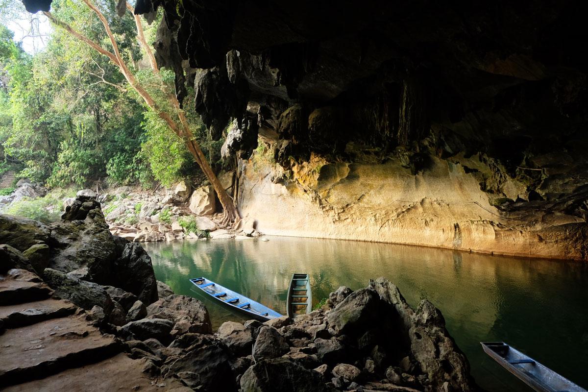 Ingresso grotta di Konglor in Laos