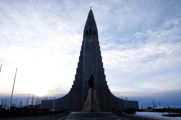 L'imponente Cattedrale di Reykjavik