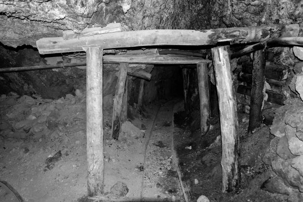 Cunicolo nella miniera a Potosì