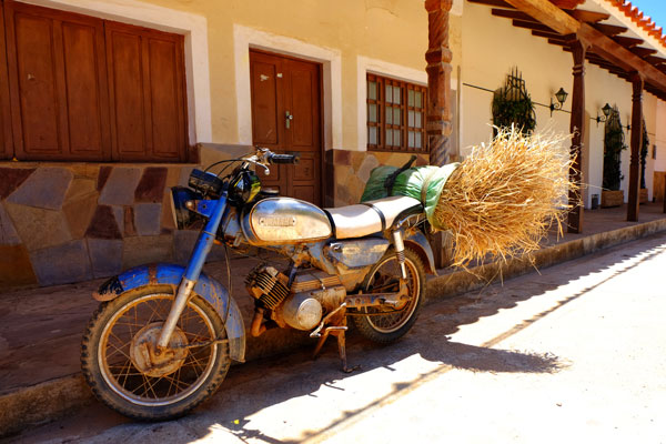 Moto antica in Bolivia
