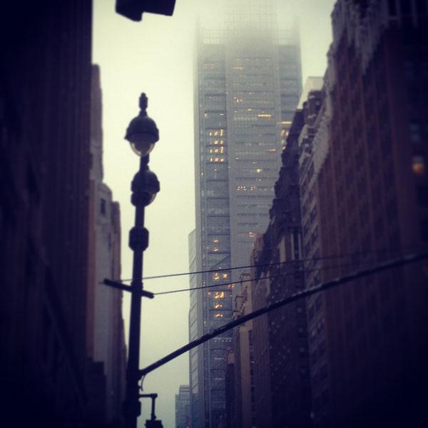 New York è affascinante anche con pioggia e nebbia