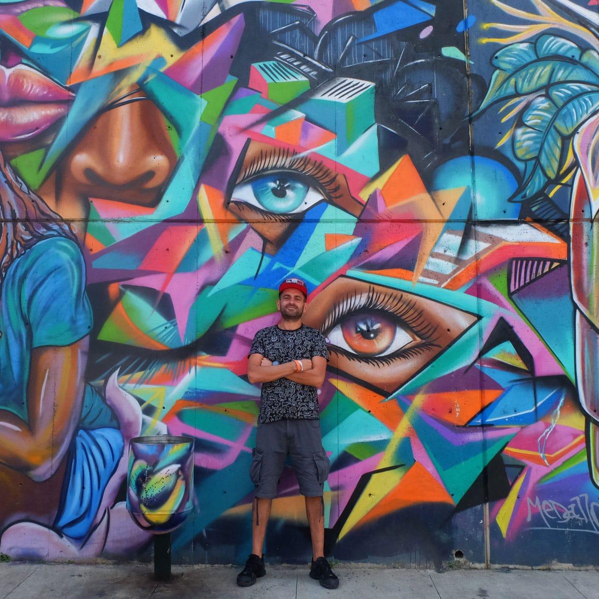Murales Comuna 13 Medellin Colombia