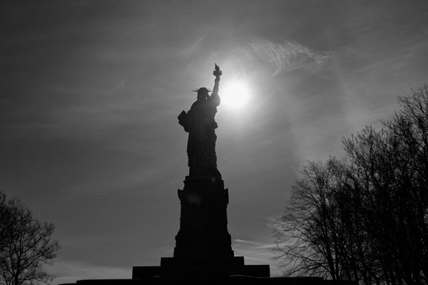 Lady liberty in black&white