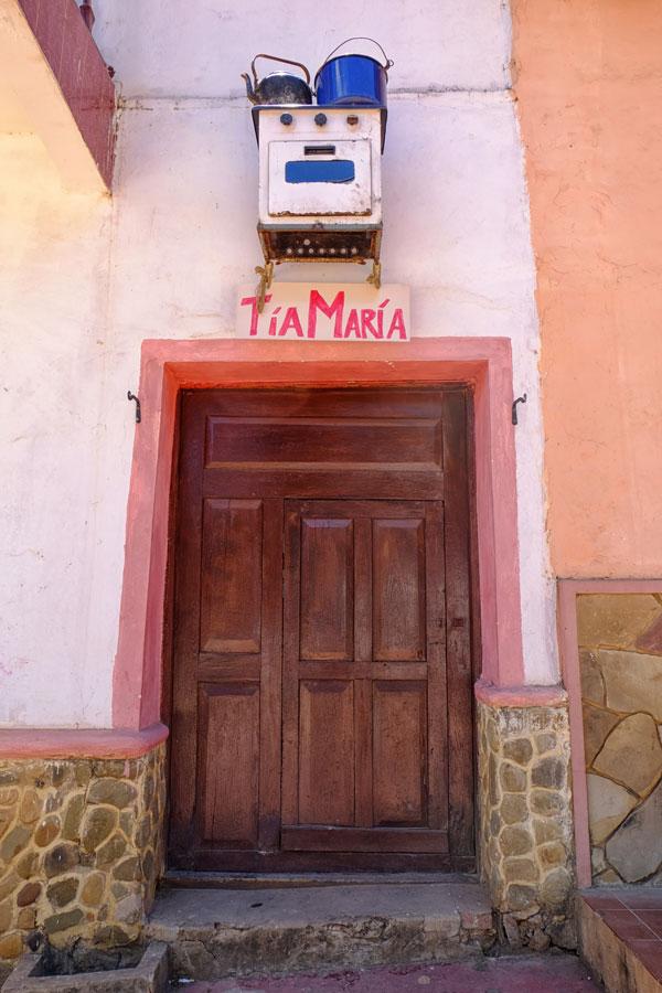 Una simpatica insegna da trattoria a Samaipata in Bolivia