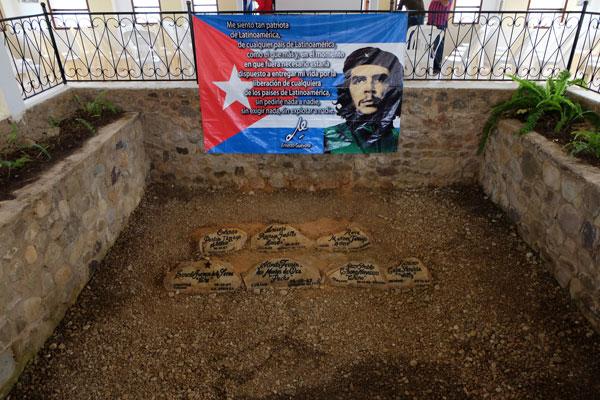 Il punto esatto in cui vennero trovate le spoglie del Che e di altri suoi compagni combattenti
