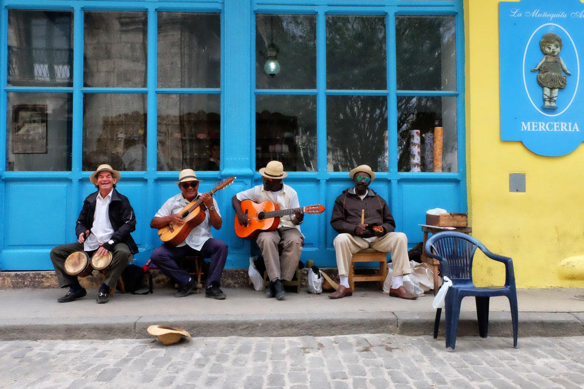 Musicisti di strada a l'Havana incontrati durante il mio viaggio a Cuba