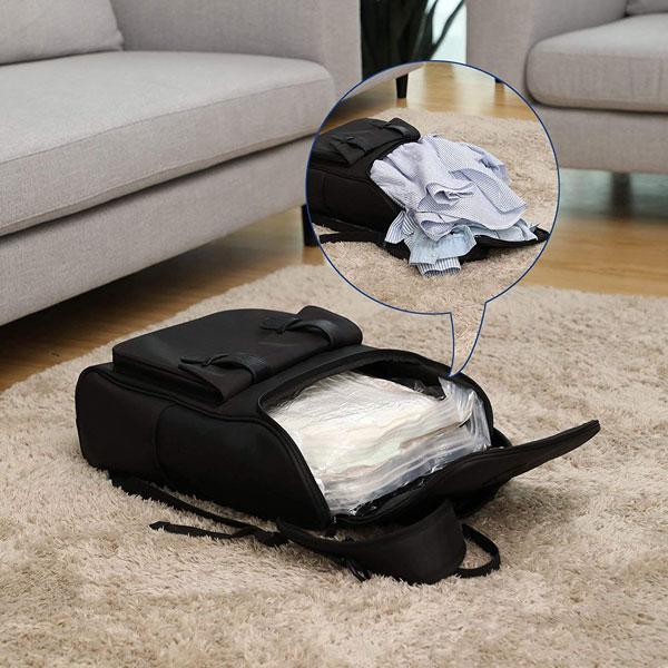 Come organizzare lo zaino da viaggio al meglio? con le sacche per il sottovuoto!