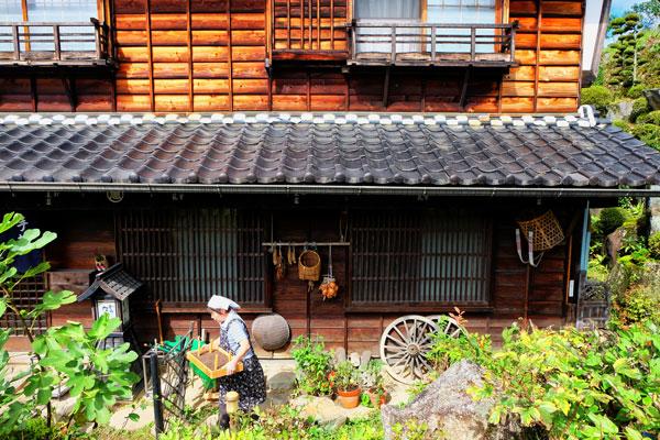 Scorci di autentica vita rurale giapponese