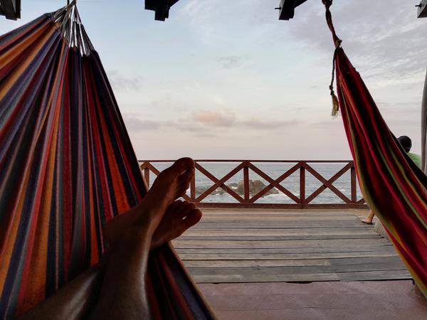 Dormire su un'amaca nel Parco Tayrona. Non può mancare all'interno di un itinerario di 3 settimane in Colombia